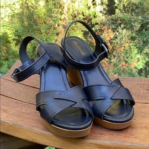 Madewell wedge sandals in navy blue